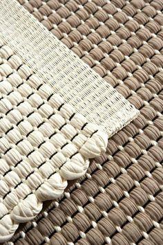 Carpet by Hanna Korvela Paper yarn, beautiful modern design Loom Weaving, Hand Weaving, Carpet Cleaning Company, Weaving Textiles, Weaving Projects, Rugs On Carpet, Fur Carpet, Carpet Decor, Black Carpet