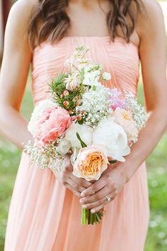 peachy pink bouquet | White Rabbit Studios #wedding