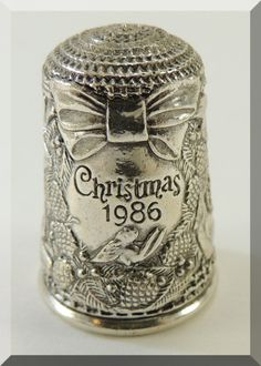 Sterling Silver Thimble Christmas 1986 by Franklin Mint