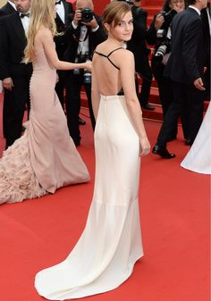 Emma Watson en robe Chanel Haute Couture - Marie Claire