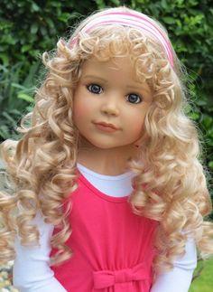 Masterpiece Doll Laura blonde by Monika Peter-Leicht