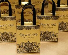 Wedding Gifts For Guests, Best Wedding Gifts, Wedding Favor Bags, Wedding Stuff, Destination Wedding Welcome Bag, Wedding Welcome Bags, Wedding Checklist Detailed, Wedding Doors, Personalized Wedding Favors