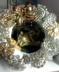 Vintage 2 Creations wreath