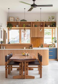 Organic materials paired with upcycled details transformed this Melbourne bungalow in an eco-friendly renovation. Deco Design, Küchen Design, House Design, Design Trends, Open Plan Kitchen, New Kitchen, Timber Kitchen, Kitchen Island Bench, Island Chairs