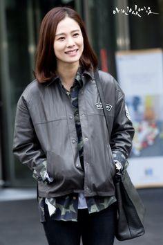 Korean Actresses, Korean Actors, Actors & Actresses, Korean Beauty, Girl Crushes, Dramas, Style Me, Bomber Jacket, Smile