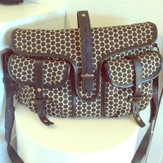 Mia Bossi Resse Diaper bag Diaper bag including a large changing pad. In really great condition. Mia Rossi Bags Baby Bags