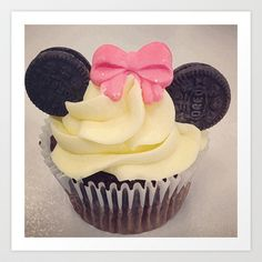 Minnie Mouse Cupcake Art Print by Loulabelle