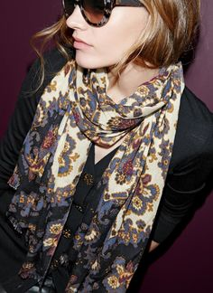 A beautifully printed finely woven wool scarf is perfect for fall. Seriously crushing on this Tory Burch piece.