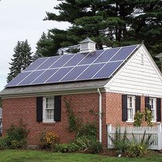 Browse Your Solar Financing Options in This New Guide - Renewable Energy - MOTHER EARTH NEWS