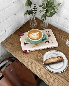 #likefairytales #morning #coffee #breakfast #books #plants #coffee shop #dekorasyon_modelleri #dekorasyon_fikirleri #dekorasyon #dekorasyon_salon #dekorasyon_trendleri #dekorasyon_trendleri_2017 #dekorasyon_pinterest #dekorasyon_görselleri #dekorasyon_dünyası #dekorasyon_stilleri #dekorasyon_fikirleri #dekorasyon_önerileri #dekorasyon_ve_tasarım #dekorasyon_ikea #dekorasyon_instagram #Kuaza #dekorasyon_örnekleri #dekorasyon_renkler #dekorasyon_tasarım #dekorasyon_trendleri_2018