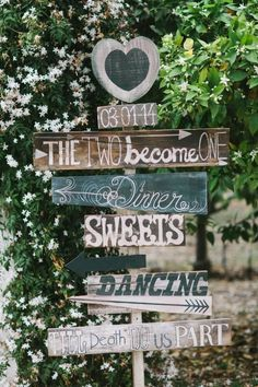 Rustic Wedding Sign / http://www.deerpearlflowers.com/country-rustic-wedding-ideas-and-themes/2/