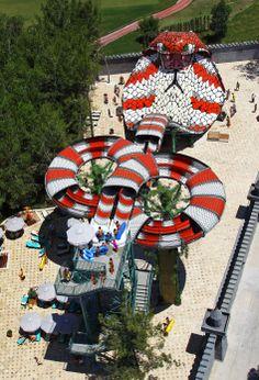 Blooloop - Museum, Aquarium, Theme Park, Water Park and Zoo professionals Water Park Tips, Ideas De Piscina, Hurricane Harbor, Attraction, Volcano Bay, Blizzard Beach, Amusement Park Rides, Disney World Parks, Water Slides