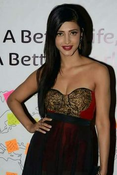 Hot Shruti Hassan <3   For more details click here : www.entertainmentbuzz.in