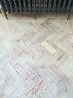 Specialist installing new and reclaimed parquet floors. Parquet Flooring, Wooden Flooring, Hardwood Floors, White Washed Floors, Kitchen Utilities, Billiard Room, Floor Colors, Door Wall, Tile Floor