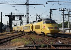 RailPictures.Net Photo: SNCF TGV SE La Poste 952 at Paris (75), France by Daniel Minaca Train Car, Train Travel, France Train, Vintage Poster, Electric Train, Speed Training, Light Rail, Commercial Vehicle, Steam Locomotive