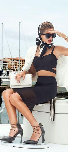 Chic lady #fashion #womenswear #accessories