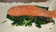 Kadootje In Bladerdeeg, Zalm, Feta En Spinazie recept | Smulweb.nl Frittata, Quiches, Seaweed Salad, Feta, Brunch, Healthy, Ethnic Recipes, Quiche, Pies