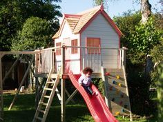 Playways Otter Cottage Playhouse Climbing frame http://www.playways.co.uk/garden/play-systems/otter-cottage-platform-playhouse/