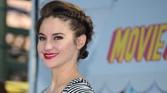Tutorial for how to get this Shailene Woodley Braid | Bustle @bustledotcom
