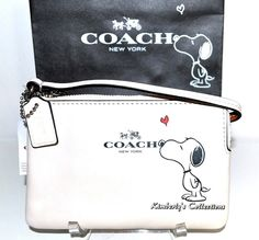 COACH X Peanuts SNOOPY Limited Edition White Wristlet Clutch Wallet  NWT  #Coach #wristlets #handbags #purses #Snoopy #Peanuts #collectors