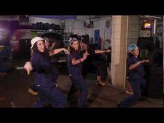 ▶ Mechanic Girls Pause Zumba Contest - YouTube