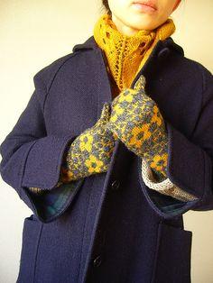 Ravelry: joujouka's myrten mittens ¥100.00  (~ $1.03). One person made wonderful socks using this fair isle pattern.