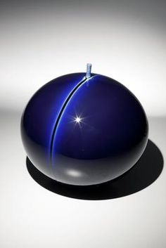 TOKUDA YASOKICHI III (1933 – 2009) Blue globular vase with thin stripe and narrow protruded mouth, ca. 2000 Porcelain with suffusion of Kutani color glaze 13 3/4 x 14 in. Inv# 8911 POR