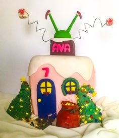 Grinch cake inspired by the scene where the Grinch gets stuck in the chimney. LED lights are around the trees. Grinch Cake, Vanilla Flavoring, Christmas Cakes, Christmas Ornaments, Salted Butter, Carrot Cake, Quick Easy Meals, Gingerbread, Icing