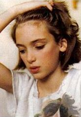 background Winona at 11 Pretty People, Beautiful People, Winona Forever, Rock Hairstyles, Beautiful Actresses, Girl Crushes, Actors & Actresses, Hollywood Actresses, My Idol