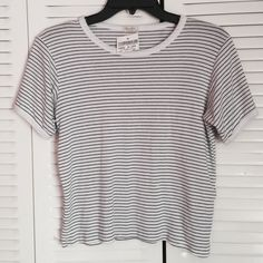 Brandy Melville Nadine Top Brand new with tags one size Brandy Melville Tops Tees - Short Sleeve