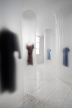 Chika Ohgi:Vogue Sense of Distance