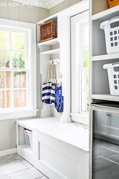 Mudroom ideas for different spaces! Get ideas for how to design a mudroom for small spaces, laundry rooms, hallways, and more. Bench With Storage, Built In Shelves, Basket Storage, Laundry Room Inspiration, Home Decor Inspiration, Decor Ideas, Laundry Room Organization, Laundry Rooms, Organization Ideas