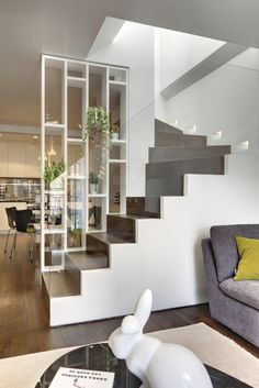 incríveis idéias modernas de design de interiores de paredes de vidro - home interior design - Escadas Glass Stairs Design, Glass Wall Design, Glass Partition Designs, Escalier Design, Modern Staircase, Staircase Shelves, Craftsman Staircase, House Stairs, Modern Interior Design