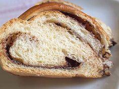 Τσουρέκι γεμιστό Bread, Food, Brot, Essen, Baking, Meals, Breads, Buns, Yemek
