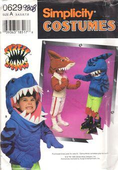 Simplicité 9808 0629 Childs tout-petits requin Costume motif