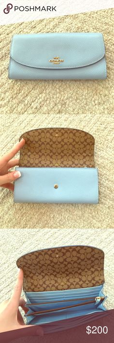 RARE coach wallet only used twice!! I don't use wallets or purses. Only longchamp le pliage bags! MAKE AN OFFER Coach Bags Clutches & Wristlets