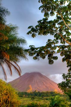 Arenal Volcano, Arenal, Costa Rica. Andrew Morrell.