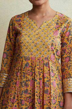 Designer Wear: Shop Designer Ethnic Wear by Farida Gupta Simple Kurti Designs, Stylish Dress Designs, Kurta Designs Women, Designs For Dresses, Neck Designs For Suits, Dress Neck Designs, Traditional Blouse Designs, Cotton Dresses Online, Salwar Pattern