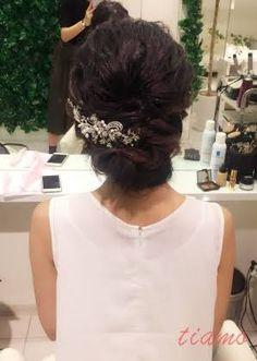 黒髪美人な花嫁さまの柔らかアレンジ3スタイル♡リハ篇 | 大人可愛いブライダルヘアメイク 『tiamo』 の結婚カタログ
