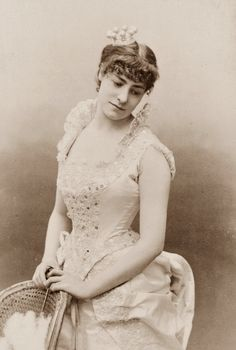 Stage actress by Atelier Nadar 1880s