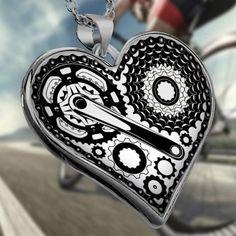 Steampunk airbrush body art - Tattoos And Body Art Heart Shaped Necklace, Heart Locket Necklace, Necklace Sizes, Necklace Lengths, Steampunk Heart, Biker, Steam Punk Jewelry, Commuter Bike, Hippie Jewelry