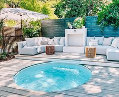 Backyard Pool Designs, Small Backyard Pools, Backyard Patio, Backyard Ideas, Small Pools, Stock Pools, Stock Tank Pool, Fresco, Outdoor Spaces