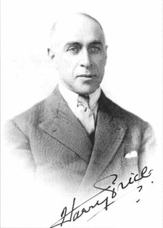 The legendary Harry Price (1881-1948), famous British ghost hunter, in his younger years.