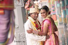 Hindu Tamil Wedding http://www.emotioninpictures.com/hindu-tamil-wedding-siva-rajes/
