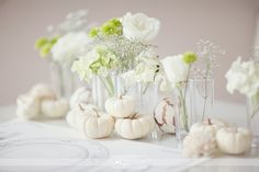 white pumpkin fall wedding decor