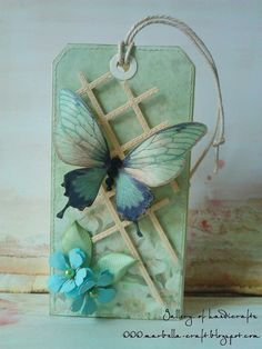 Gallery of handicrafts: Kolejna kartka tagowa
