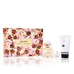 DAISY LOTE 3 pz é um artigo premium de MARC JACOBS(Marc Jacobs é um dos nomes mais influentes do mundo fashion da atualidade.). Na Essência do Perfume temos uma ampla selecção de Perfumes DAISY LOTE 3 pz da melhor qualidade e ao melhor preço.