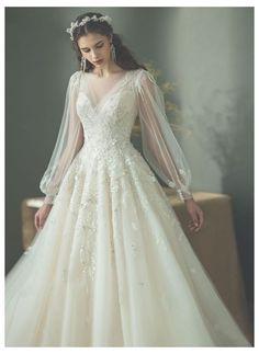 Evening Dresses For Weddings, Wedding Dress Trends, Modest Wedding Dresses, Lace Weddings, Bridal Dresses, Wedding Gowns, Wedding Cakes, Wedding Ideas, Wedding Rings