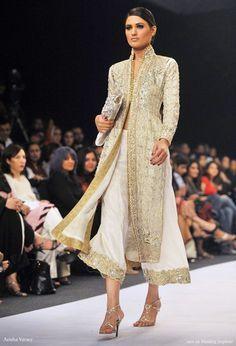 Wedding dress designer Aeisha Varsey Aisha creation at Pakistan Fashion Week -- Aeisha Varsey Creation at Pakistan Fashion Week Pakistani Couture, Indian Couture, Pakistani Outfits, Indian Outfits, Pakistani Bridal, Indian Bridal, Pakistan Fashion Week, India Fashion, Ethnic Fashion