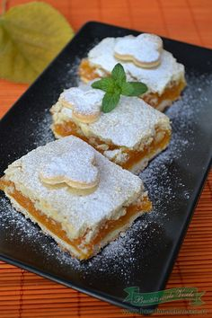 prajitura cu dovleac Romanian Desserts, Romanian Food, Romanian Recipes, Sweets Recipes, Baby Food Recipes, Cooking Recipes, International Recipes, Bakery, Sweet Treats